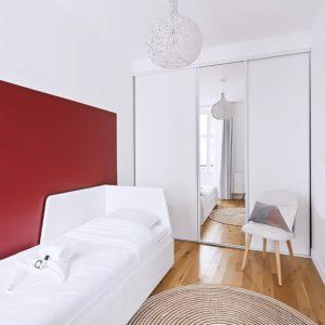 chambre-rouge-keller1-1024x676